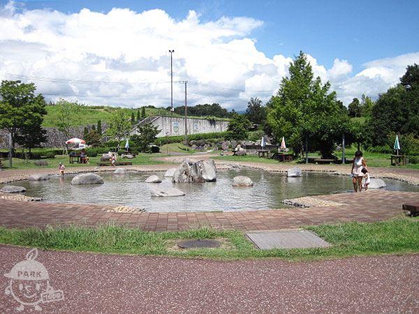水辺の広場