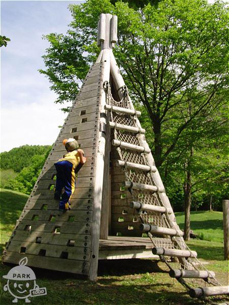 ピラミッドクライム