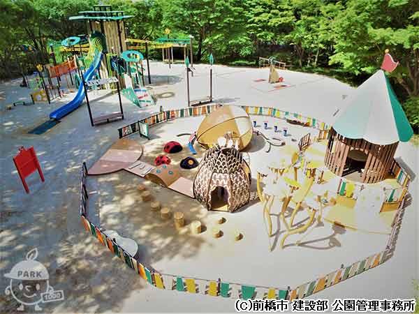 が たくさん ある 公園 遊具