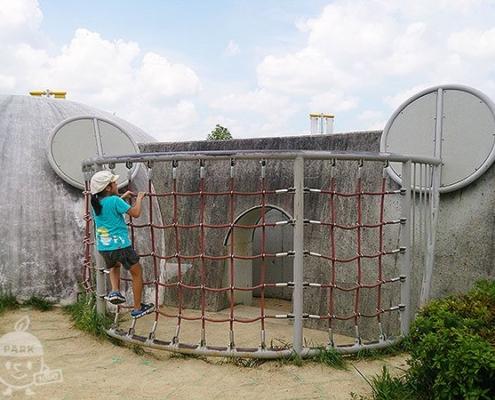 カミナリの砦
