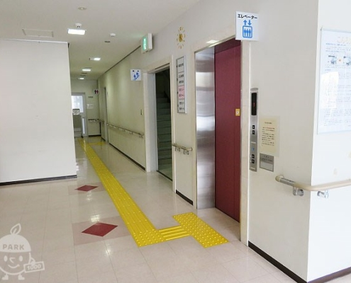 エレベーター・トイレ