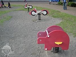 プリング遊具