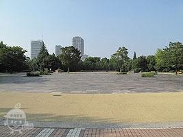 イベント広場(野外ステージ)