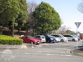 奈良原公園側の駐車場