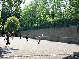テニス壁打場