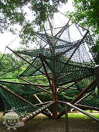 巨大ネットジャングルジム