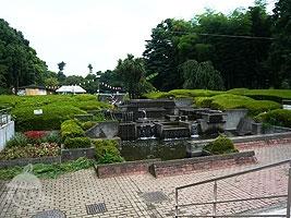 西洋庭園サンクンガーデン