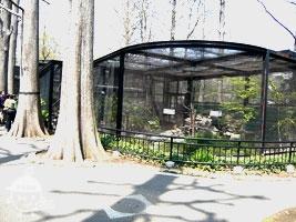 水生物園のバードゲージ