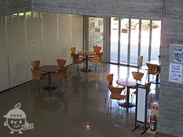 学習館内の休憩スペース