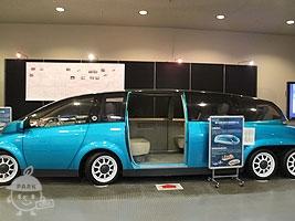 高性能電気自動車「KAZ」