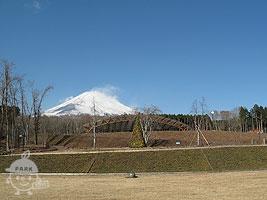溶岩広場から望む富士山