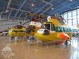 救難ヘリコプター