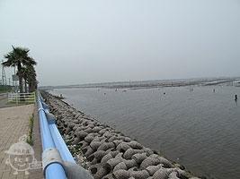 公園東側の東京湾