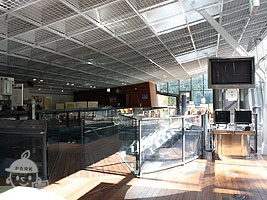 水族館の2階