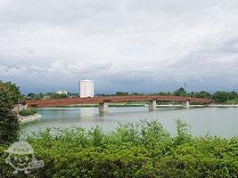 波志江ふれあい橋