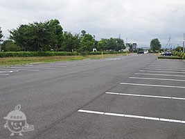 東側駐車場