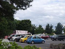 バーベキュー場側の駐車場
