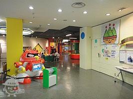 児童会館1F