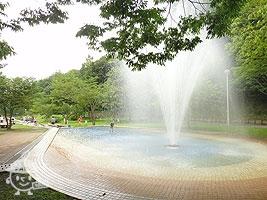じゃぶじゃぶ池~噴水池