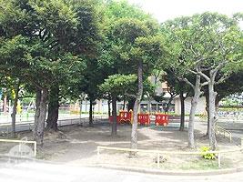 交通公園の遊具