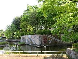 カスケード・壁泉