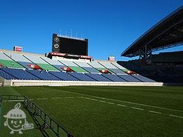 スタジアムの屋根は「白鷺」をイメージ