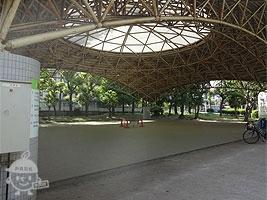 屋根付き多目的広場(一時避難場所)