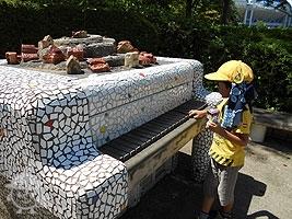 石のピアノ