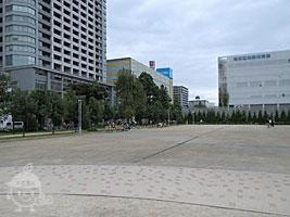 ふれあい広場