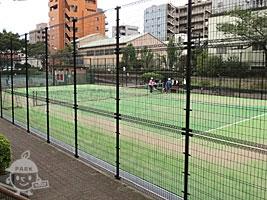 テニスコート(有料・要予約)