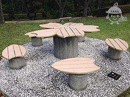 恋の花咲くテーブル