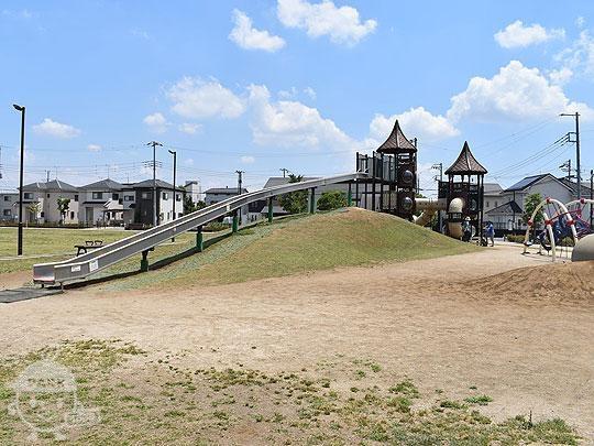 ピアラシティ中央公園・三郷市立ピアラシティ交流センター