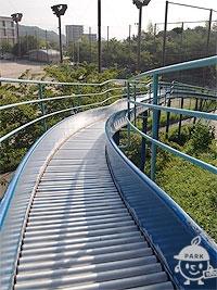 ジャンボ滑台