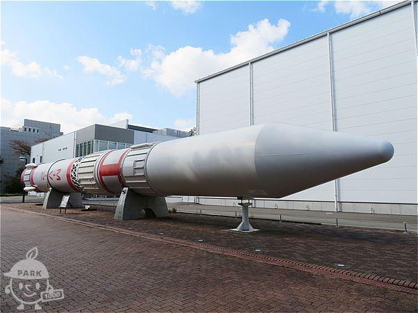 屋外展示ロケット