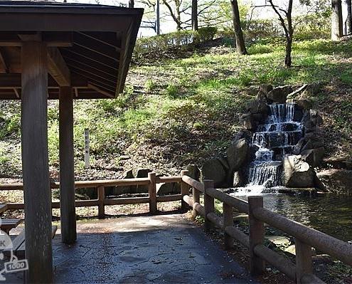 白百合の滝