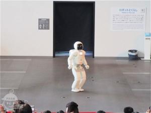 ASIMO(アシモ)実演