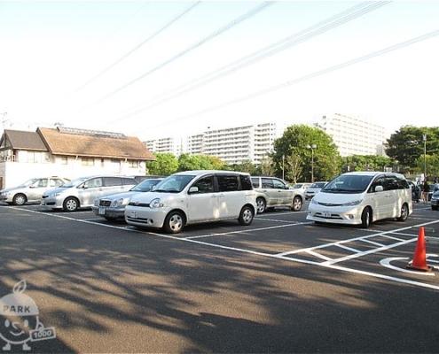 富士公園・駐車場