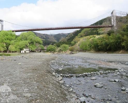 川遊びゾーン